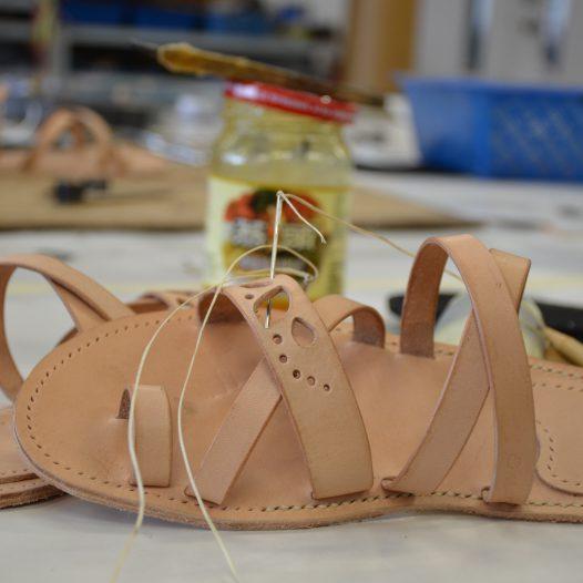 涼鞋製作 (皮類)